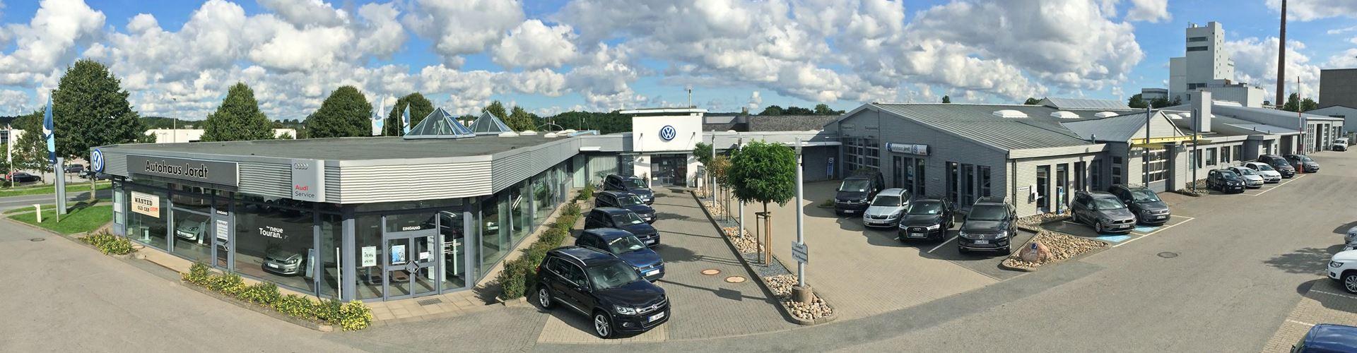 Autohaus Schleswig Jordt Volkswagen Audi Gebrauchtwagen Leasing Finanzierung 24837 Firmengebäude banner 1