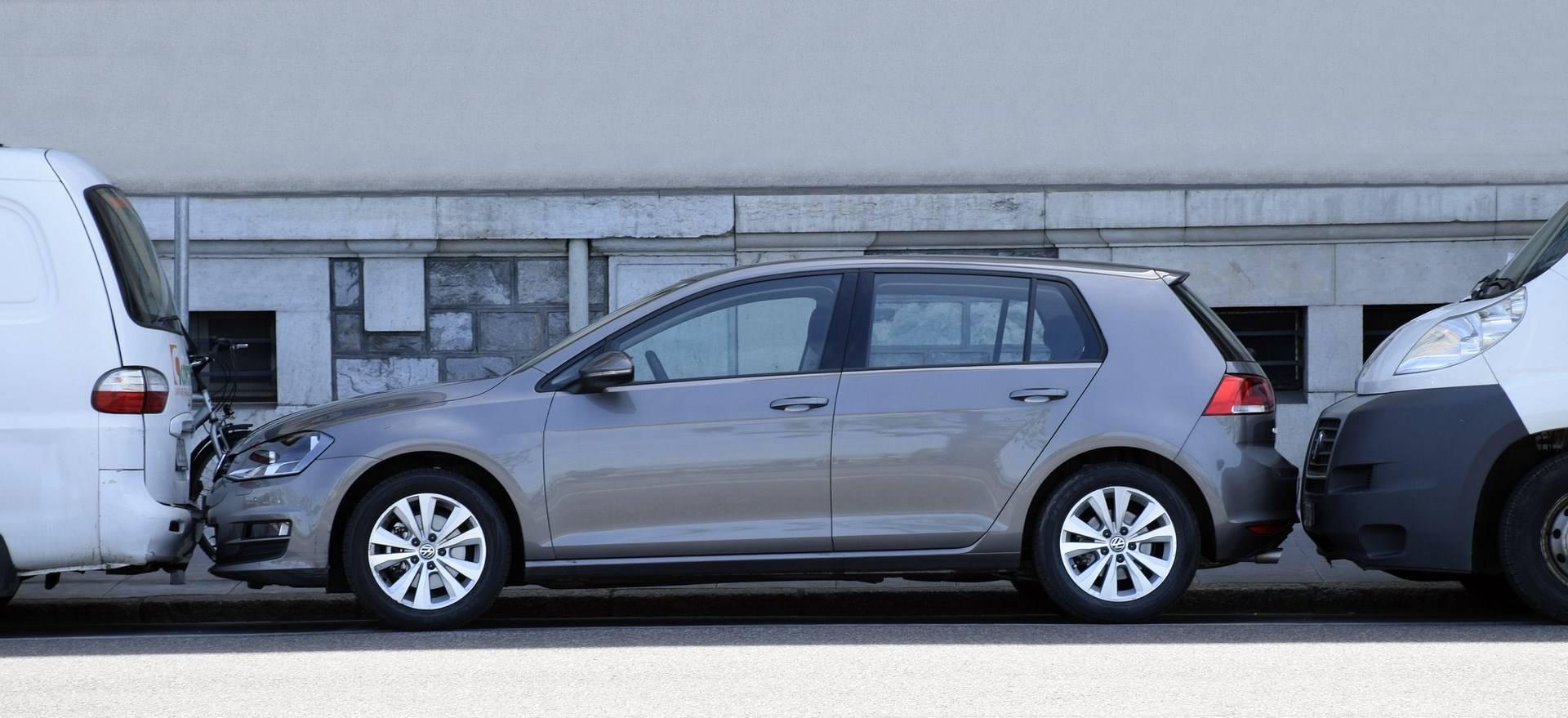 VW Gebrauchtwagen kaufen 24837 Autohaus Schleswig Jordt Volkswagen Neuwagen waschen waschstraße sauber reinigen aufbereitung 1